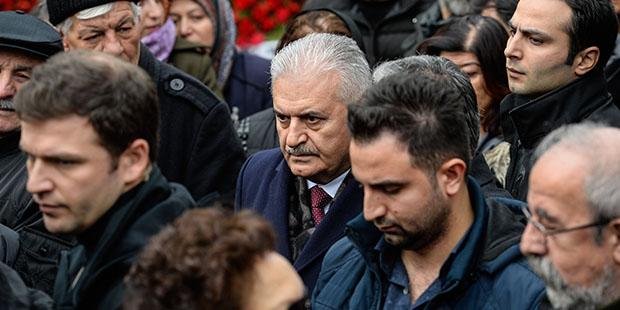 Ayşen Gruda'nın cenazesinde Binali Yıldırım