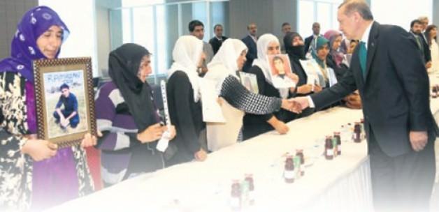 Anne Güleser Toy, Erdoğan'la yapılan toplantıya katılmıştı.