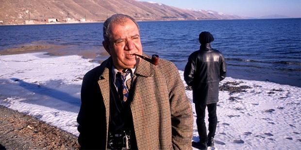 Ermenistan gezimiz sırasında Sebati Karakurt'unu objektifinden Sevan Gölü kıyısında Sarkis Seropyan