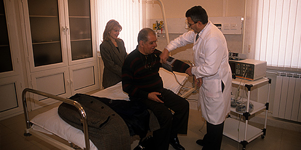 Ermenistan gezisi biraz tempolu geçince Seropyan küçük bir sağlık kontrolü de yaptırmıştı.