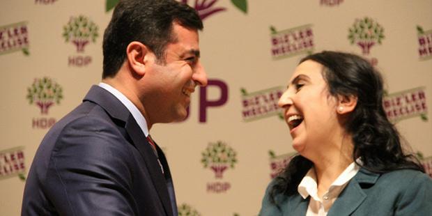 HDP Eş Genel başkanları Selahattin Demirtaş ve Figen Yüksekdağ