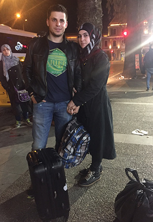 Esma ve 2,5 yıllık eşi Naser