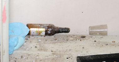 Terör örgütü IŞİD üyelerinin kaldığı villadan bira şişesi çıktı