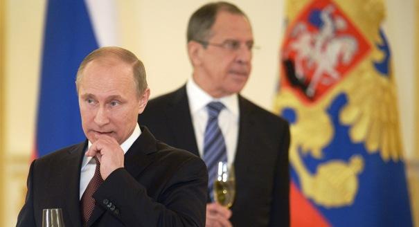 Putin ve Lavrov, dün yaptıkları açıklamalarda Türkiye'yi radikal İslam'a destek vermek ve uçak krizini önceden planlamakla suçladı