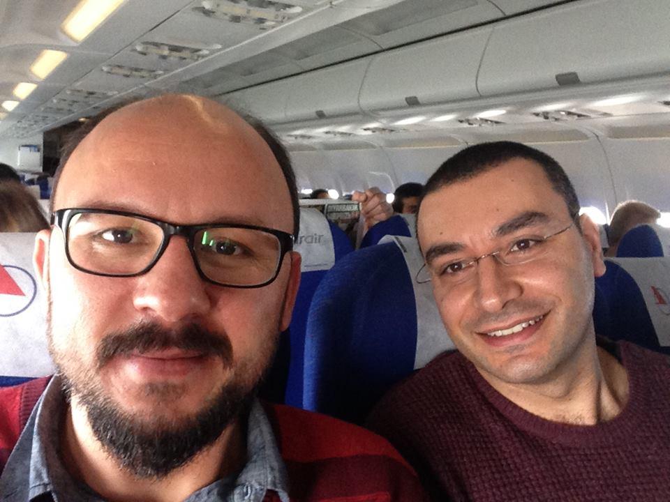 Filmin yönetmenlerinden Ümit Köreken ile müziklerini yapan Ozan Türkyılmaz