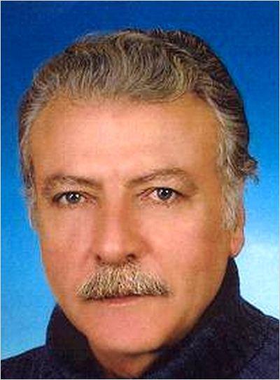 Filmin bizce bam teli, Mahmut dayday rolündeki, Ahmet Uz