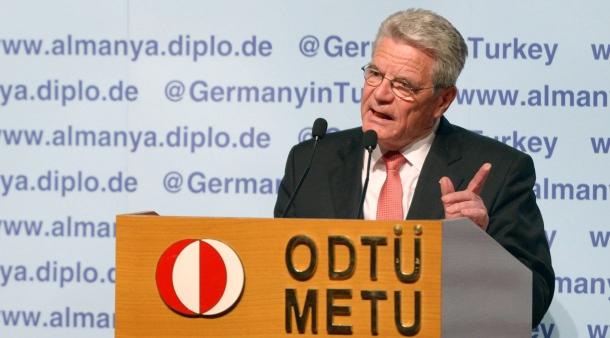 Almanya Cumhurbaşkanı Gauck'un 2014 ODTÜ konuşmasından: Türkiye'deki gelişmeler beni korkutuyor, fikir ve basın özgürlüğü kısıtlanıyor