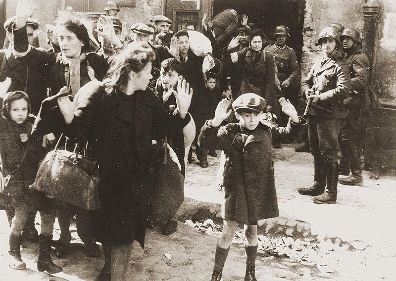 Gettoda ayaklanma sırasında sığınaktan çıkarılanlar