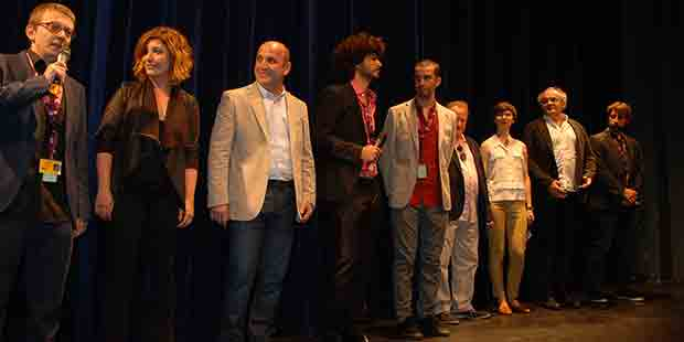Albüm ekibi sahnede