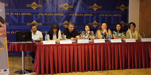 Ermenistan Türkiye Sinema Platformu, dost ve komşu Ermenistan'da basına kendisini tanıtıyor ve çalışmalarını hatırlatıyor.