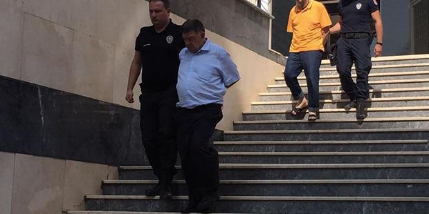 Hakkında üçer kez ömür boyu hapis cezası istenen gazeteci Şahin Alpay 259 gündür tutuklu