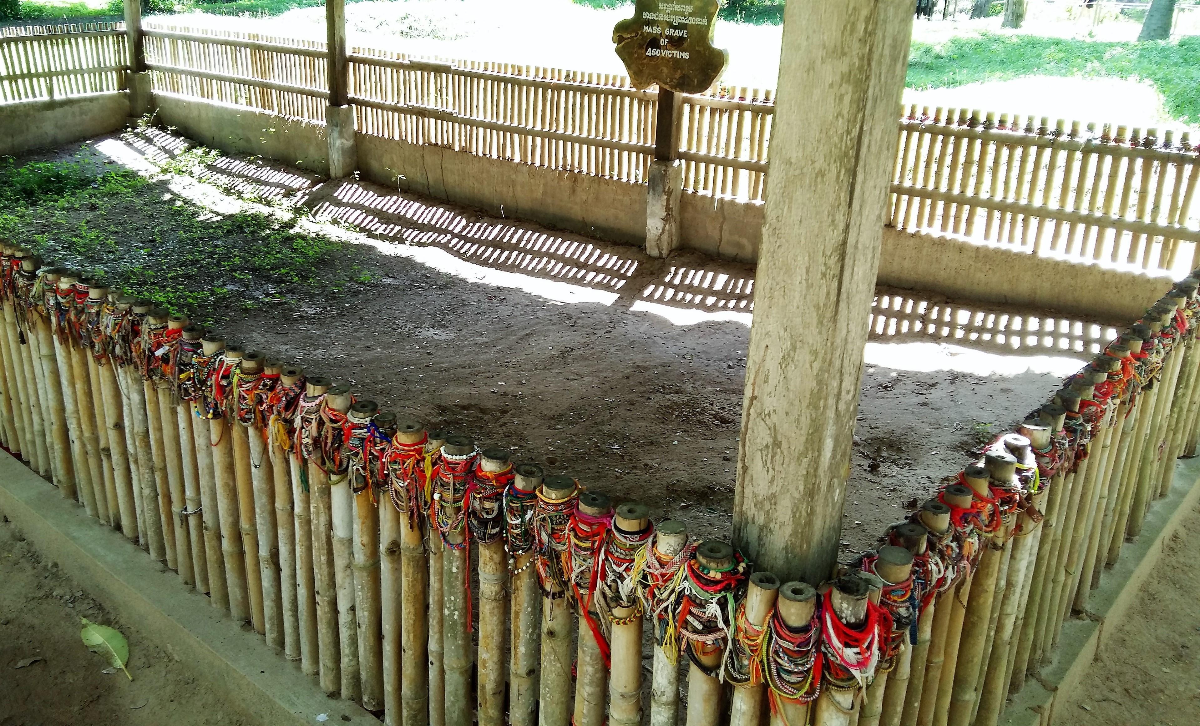 450 ceset çıkan toplu bir mezar