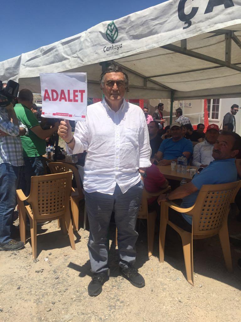 T24 yazarı Hasan Cemal de CHP'nin başlattığı Adalet Yürüyüşü'nde