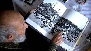 Ara Güler, kendi foto albümünü, yine kendi sözleriyle yorumluyor, anlatıyorb