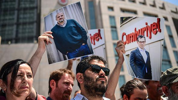 Akın Atalay, Murat Sabuncu ve Kadri Gürsel, 316 gündür özgürlüklerinden yoksun. Ahmet Şık 255, Emre İper 158 gündür tutuklu