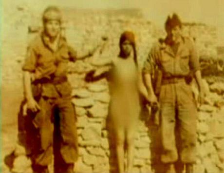 Cezayirli askererin çektirdiği hatıra fotoğrafı