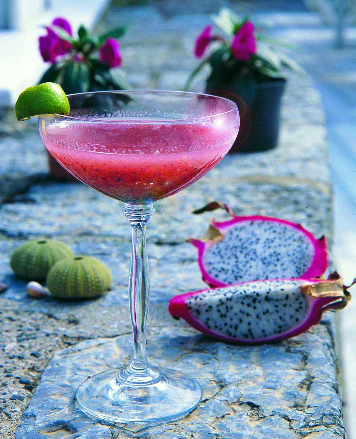 Beştepe'de sunulan ejder meyveli smoothie, geçen haftanın baş gündem maddesiydi.