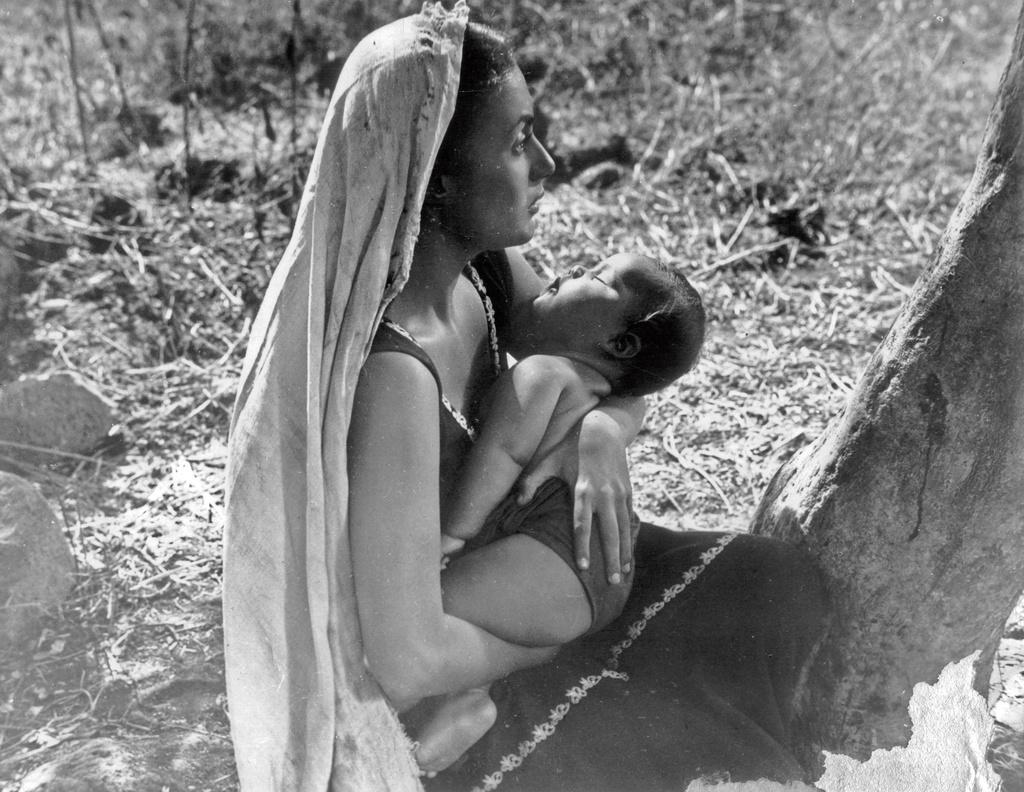 İnci, 1947