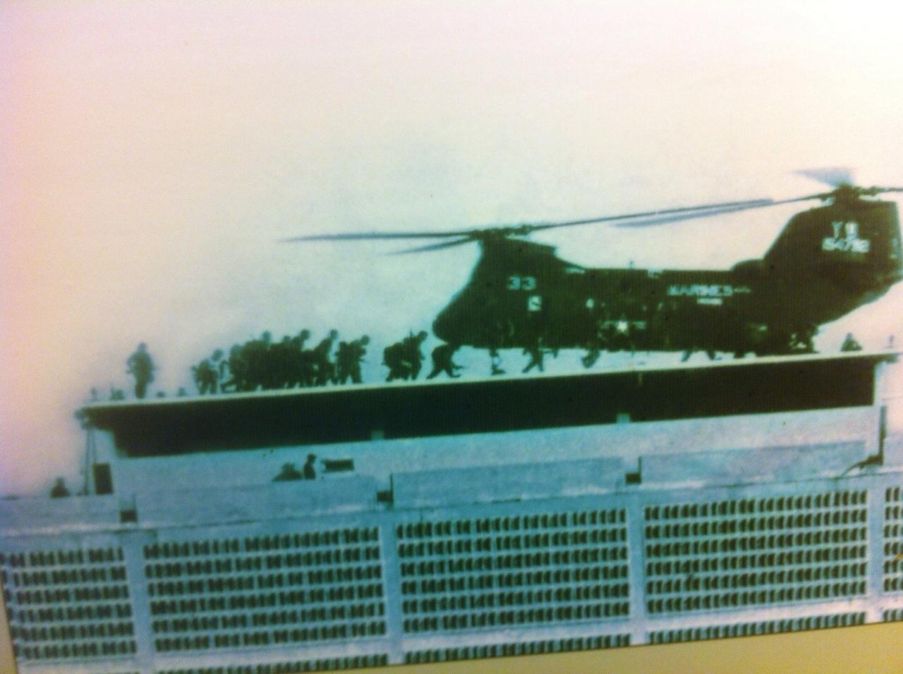 Vietnam'da kalanları kaçıran son ABD helikopteri...