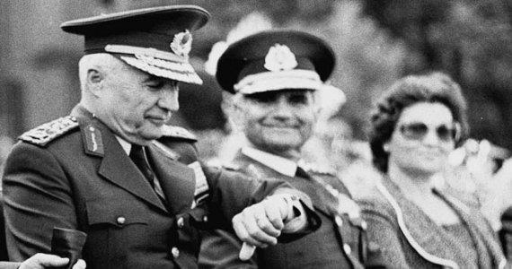 1980 darbesinde Genelkurmay Başkanı Kenan Evren ve Hava Kuvvetleri Komutanı Tahsin Şahinkaya