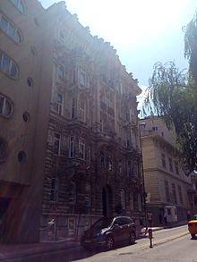 Krikor Zohrab'ın Gümüşsuyu'ndaki Azaryan Apartmanı