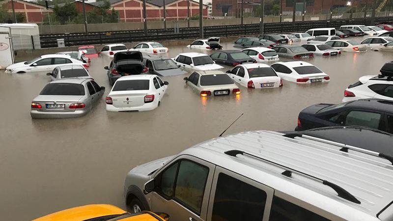 Ankara'da sağanak yağış sele neden oldu; 3 kişi hayatını kaybetti