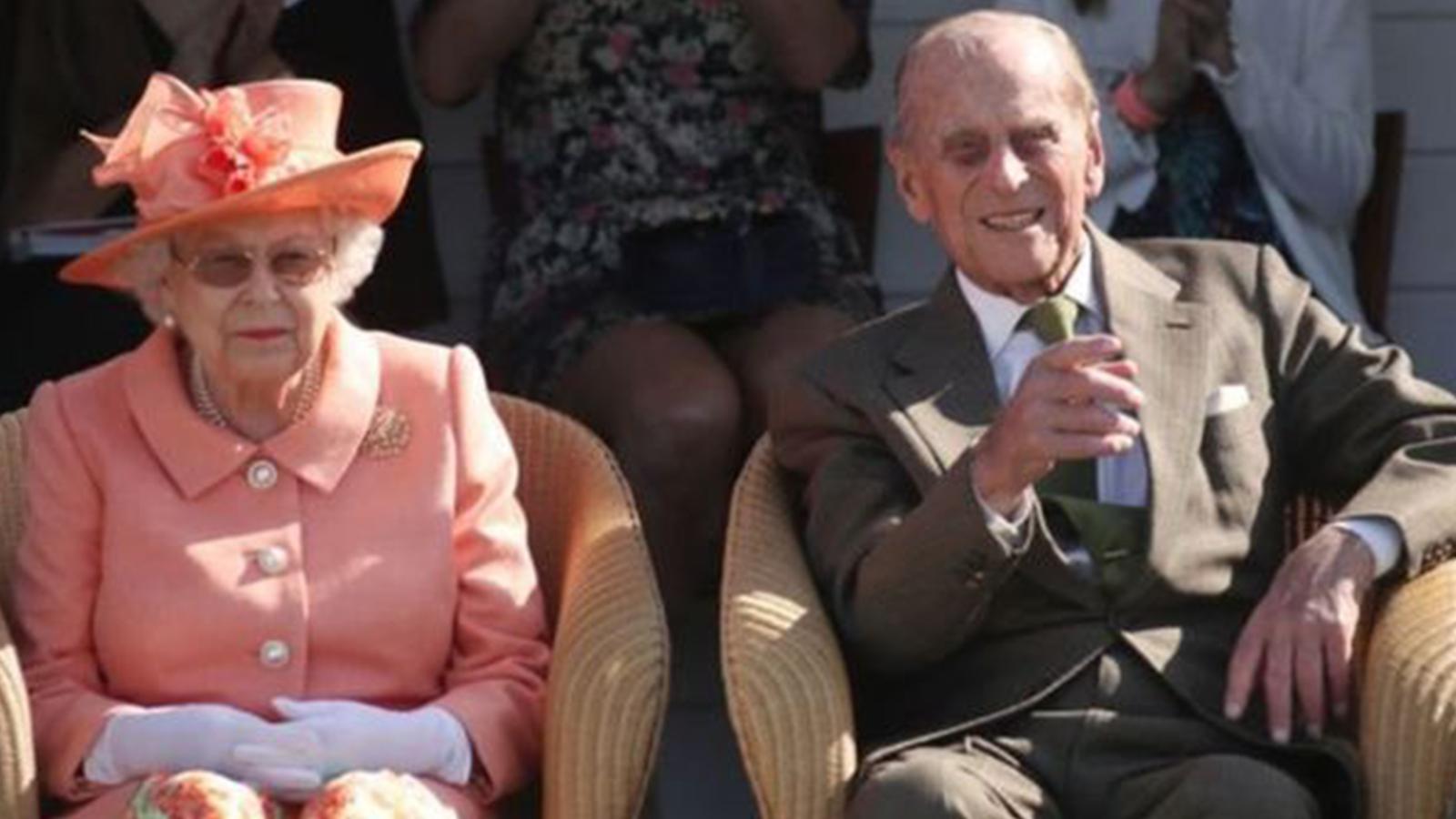 Prens Philip Noel'i hastanede geçirecek, Kraliçe Elizabeth ise programlarını değiştirmedi
