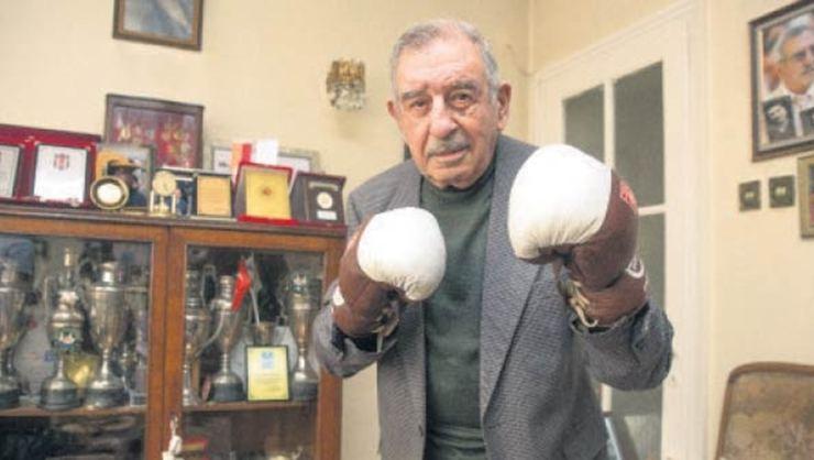 Türkiye'nin ilk profesyonel boksörü Gabris Zakaryan yarın toprağa verilecek