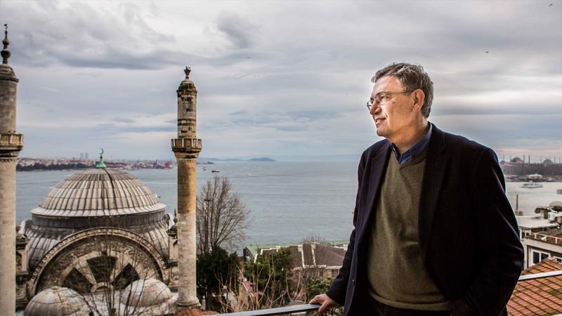 Orhan Pamuk: Ayasofya'yı yeniden camiye çevirmek, dünyanın geri ...