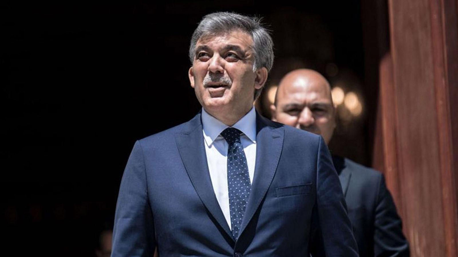 """11. Cumhurbaşkanı Gül'ün ofisi """"Gül ile Akar'ın evinde görüşen Erdoğan, parlamenter siteme dönüşü teklif etti"""" iddiasını yalanladı"""