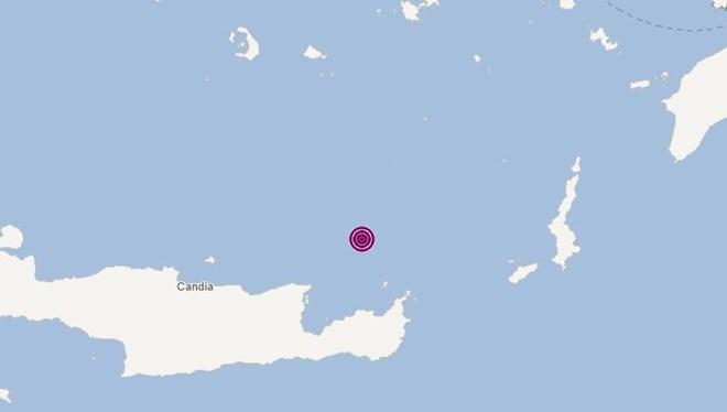 Ege Denizi'nde meydana gelen 4.8 büyüklüğündeki depremin haritası