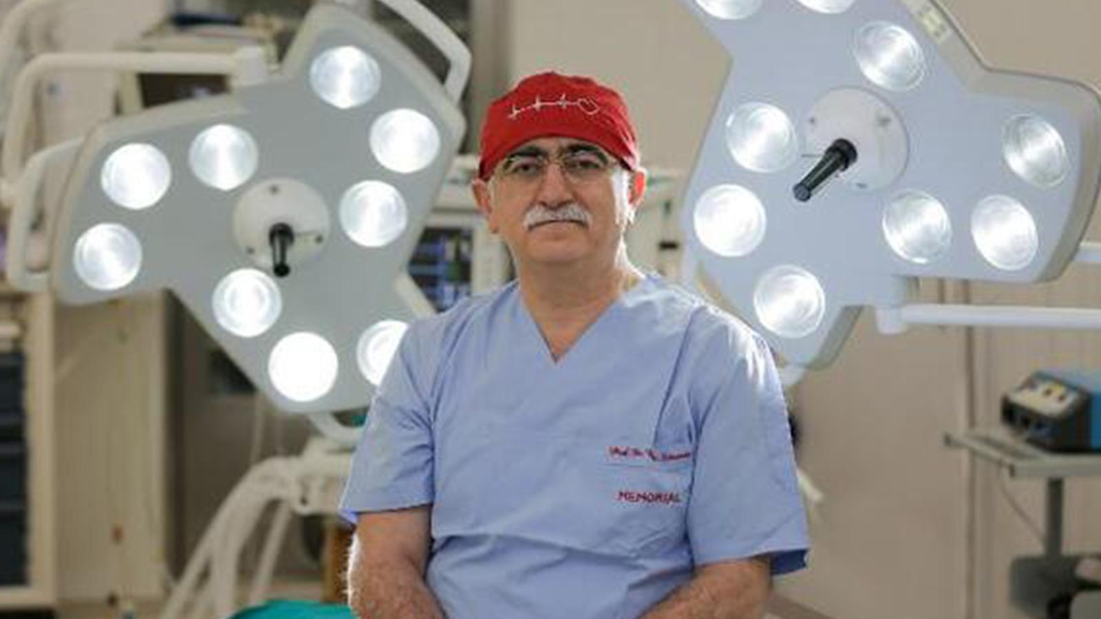 """Aşı yaptırmayanlar birer vatan hainidir"""" diyen Prof. Dr. Bingür Sönmez'den yeni açıklama"""