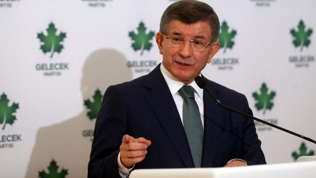 Davutoğlu, Selvi'nin iddiaları üzerinden Erdoğan'a seslendi: İstediğin kanalda her şeyi konuşmaya hazırım, hodri meydan