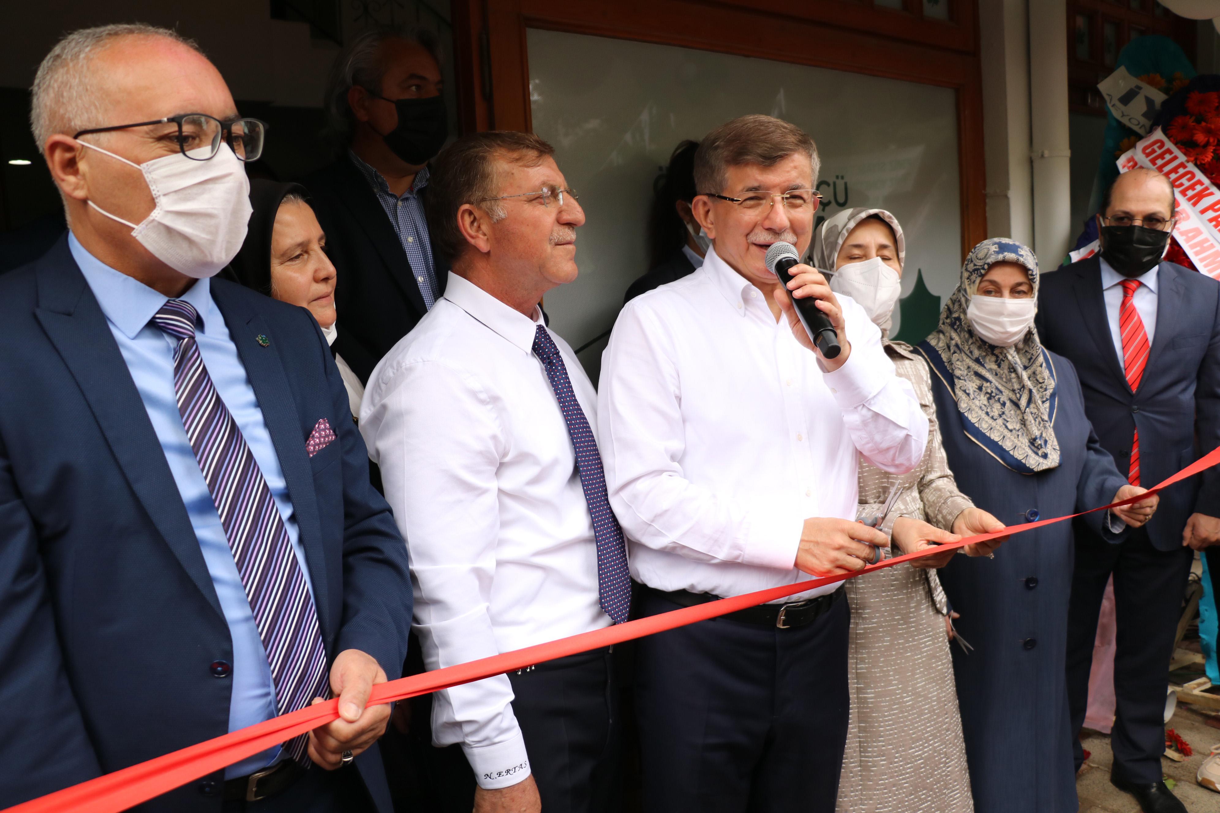 1622559573018 davutoglu turkiyede temiz siyaset ihtiyaci var 6808 dhaphoto 1