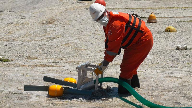 Hidrobiyolog Levent Artüz: 1989 Marmara Denizi'nin ölüm tarihidir, müsilajı  temizlemenin olanağı yok