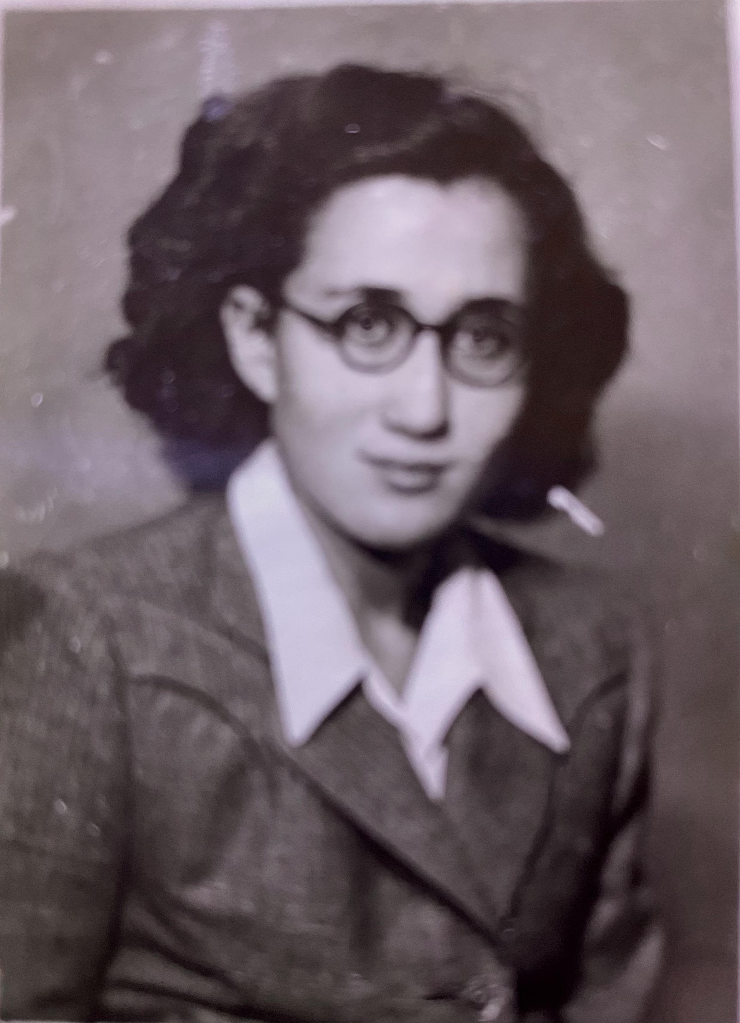 Faika Sanul / Zeynep Boratav arşivi