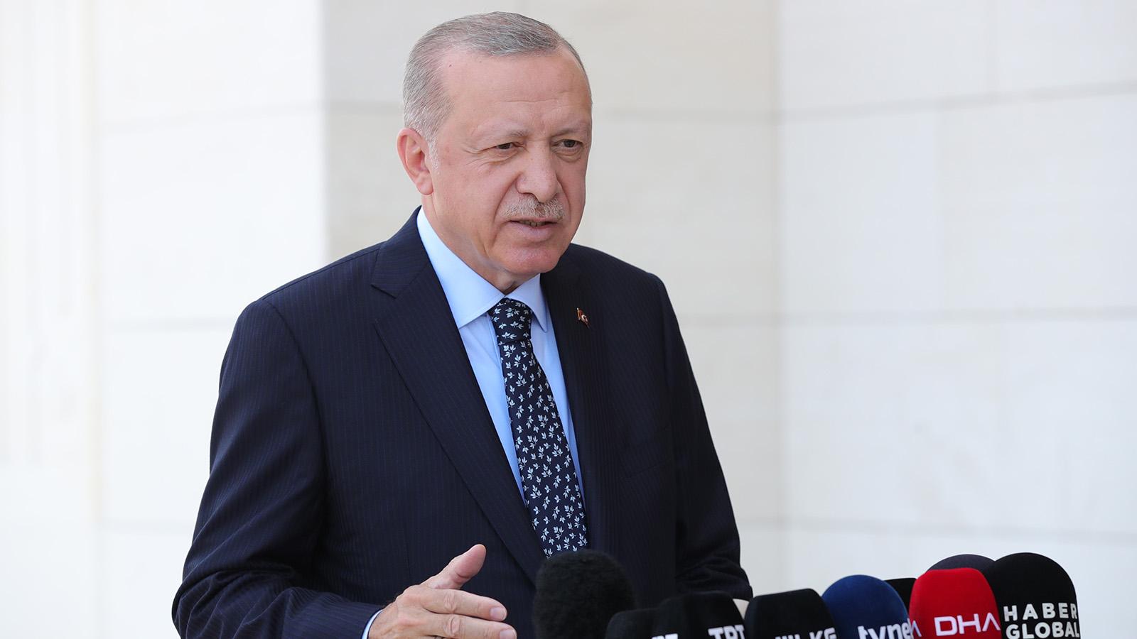 erdoğan çamlıca cami namaz çıkışı