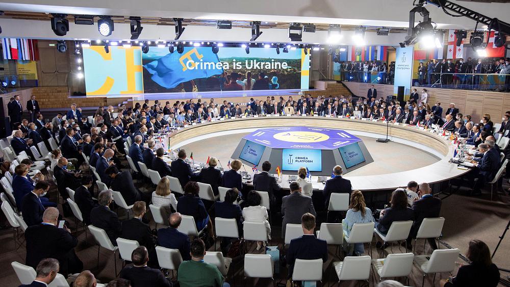 Ukrayna Devlet Başkanı Zelenski: Kırım, temel insan haklarının düzenli  olarak ihlal edildiği bir bölge haline geldi