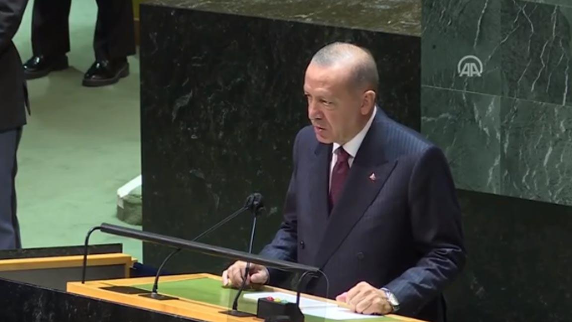 Erdoğan, BM Genel Kurulu'nda: Aşı milliyetçiliğinin halen sürdürülüyor olması, insanlık adına yüz kızartıcıdır
