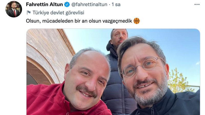 Aynı etkinlikte yer alan Sanayi ve Teknoloji Bakanı Mustafa Varank ve İletişim Başkanı Fahrettin Altun da paylaşım yaptı.