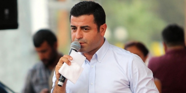 Demirtaş: PKK derhal elini tetikten çekmeli, ateşkese uyacağını ilan etmelidir