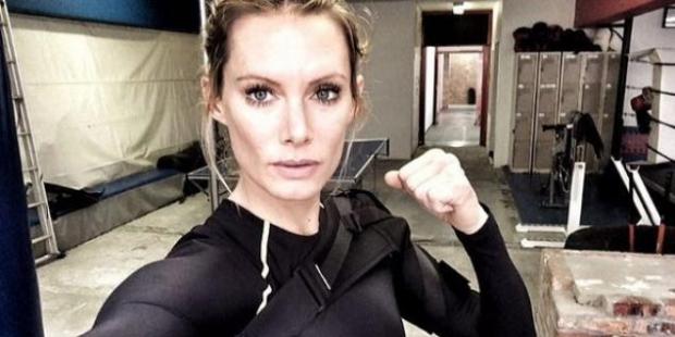 Star Wars'un dublörü Olivia Jackson'ın kolu kesilecek