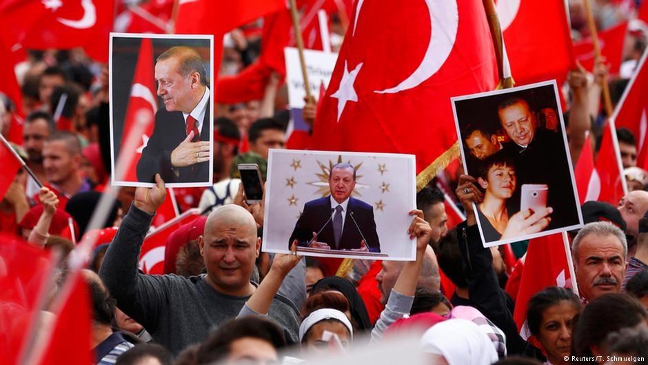Almanyalı Türkler Erdoğanı Neden çok Seviyor