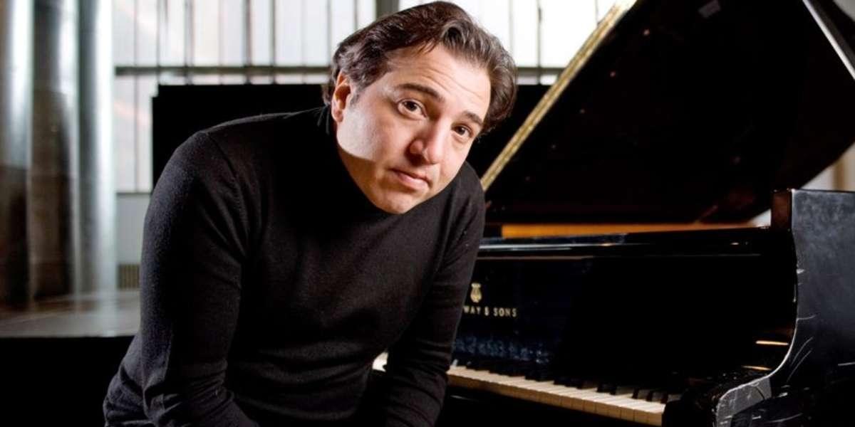 Piyanist Fazıl Sayın ismi müfredattan çıkartıldı 11
